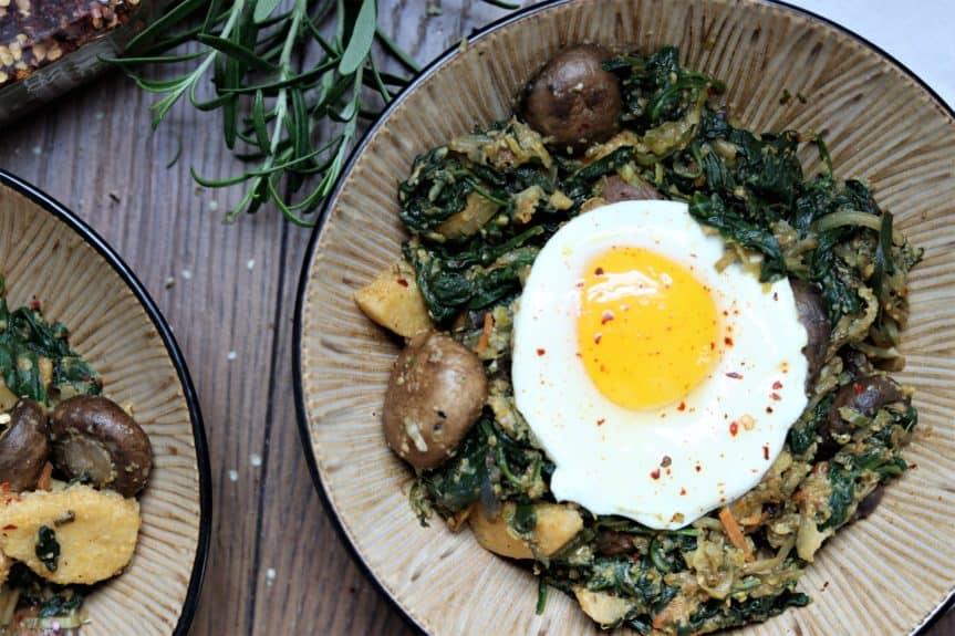 Spinach, Mushroom & Smoky Polenta Bowl