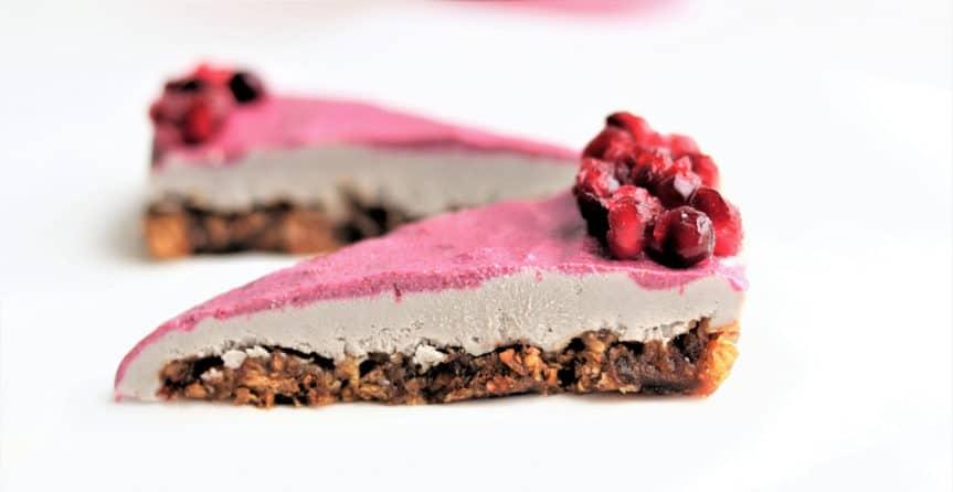 Raw Pomegranate Cheesecake